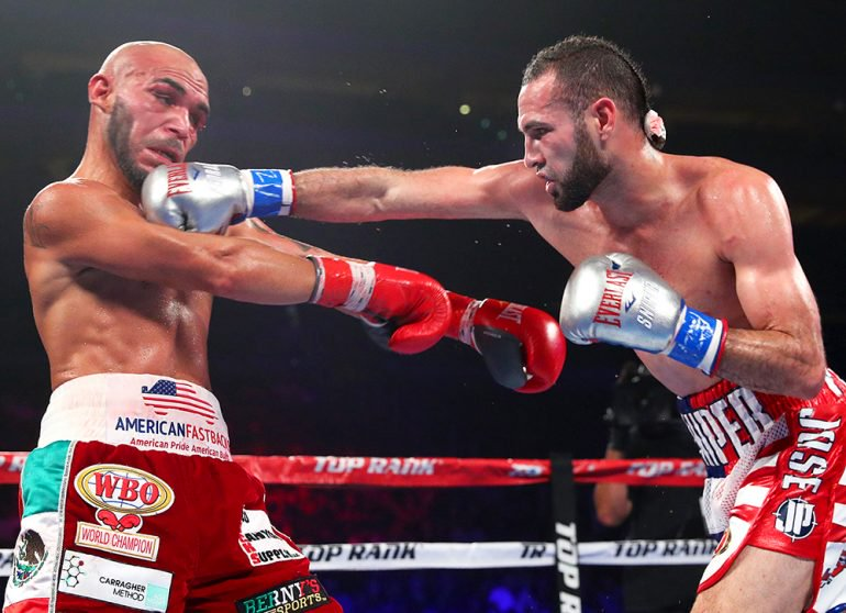 Pedraza_right_on_Beltran_mikey-williams-TR-770x558